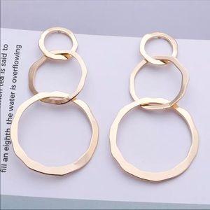 Trendy Gold Multicircle Drop Earrings